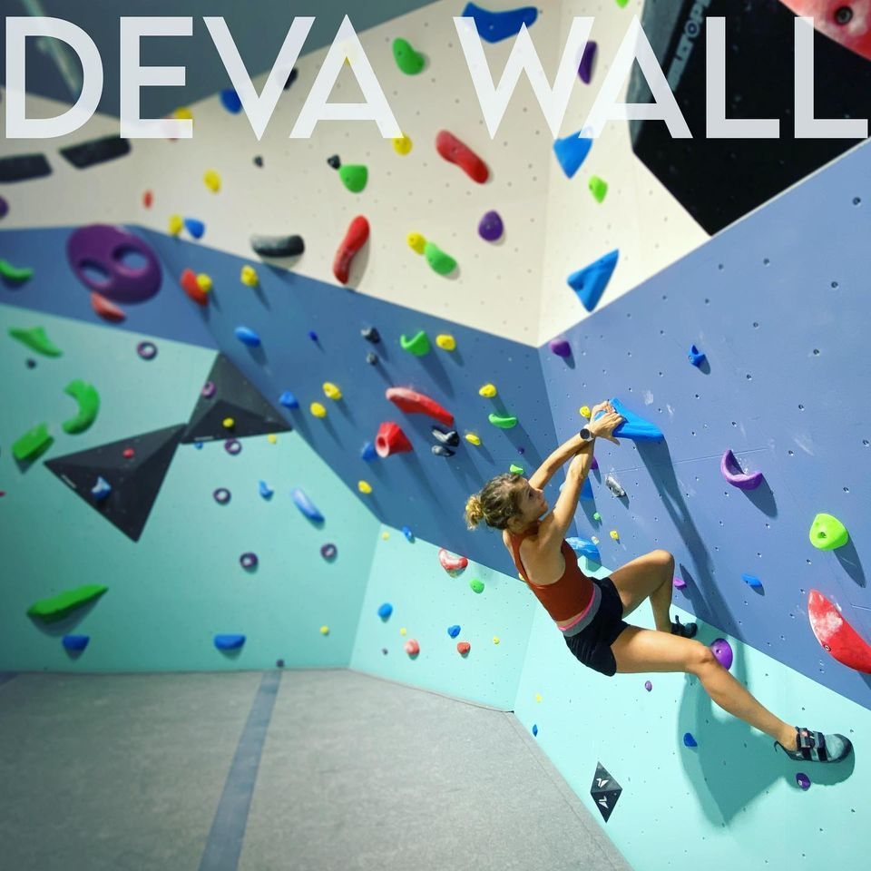 Deva Wall